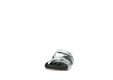 wolky slippers 01000 oconnor 80200 grey patent metallic leather_20